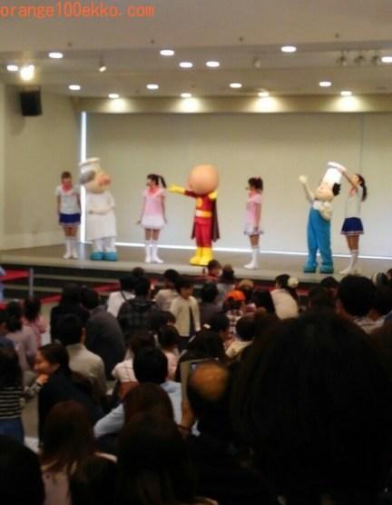 神戸アンパンマンミュージアム&モール ショッピングモールのアンパンマンショー