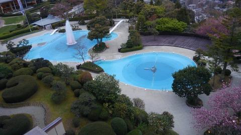 有馬グランドホテル 東館 和洋室からの庭園の眺望