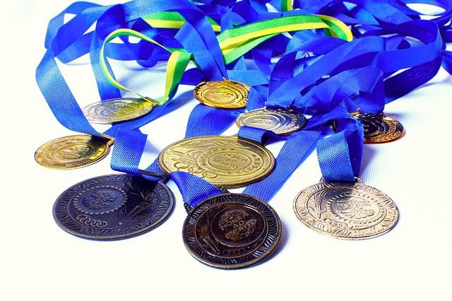たくさんのメダル